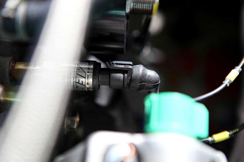 AEM Electronics Sensor Install in Honda B-Series 35